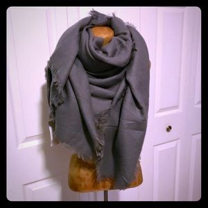 Accessories - NWT! Blanket scarf
